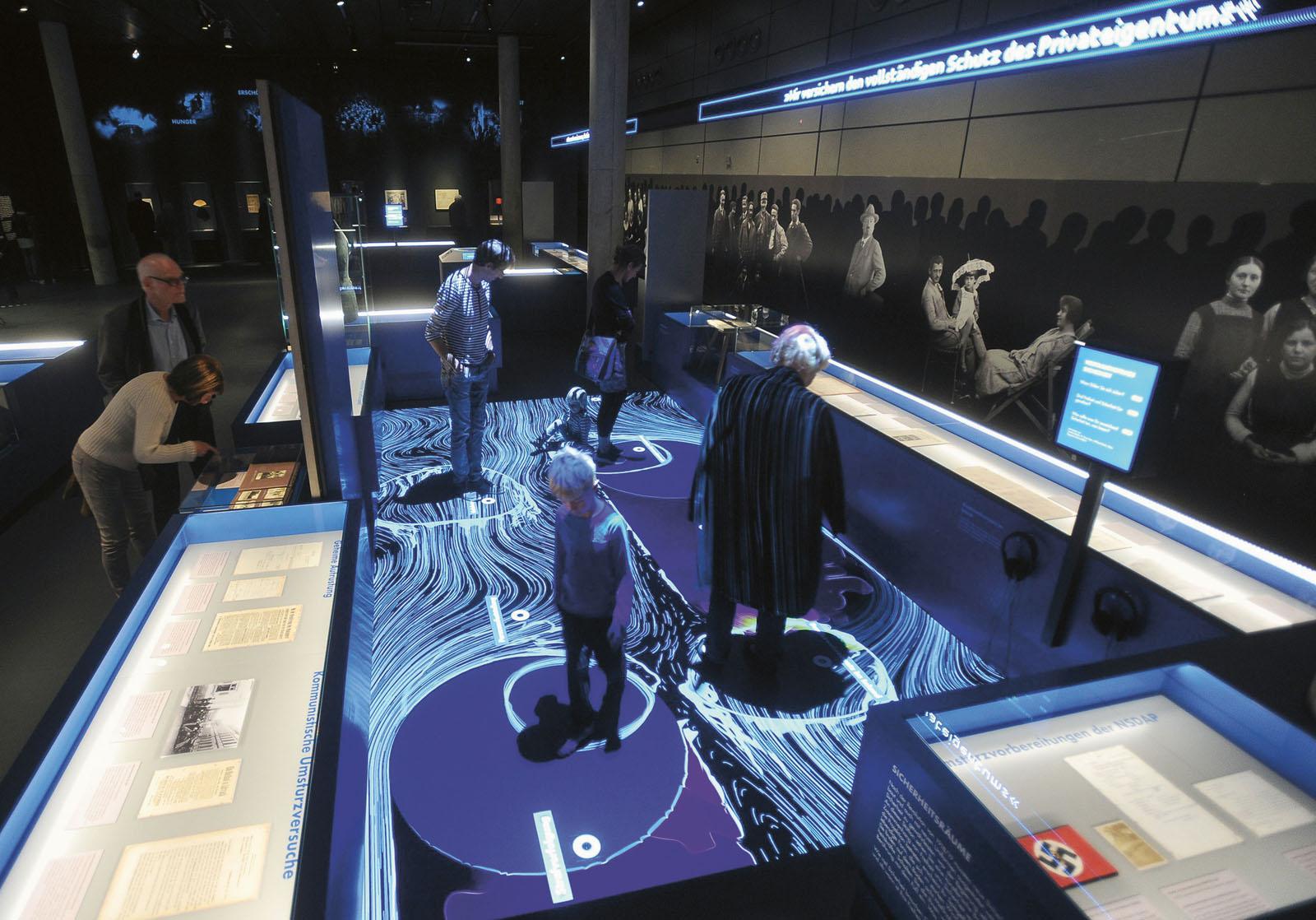 Lange Nacht der Museen Stuttgart - Haus der GeschichteVertrauenAusstellungseröffnung30.9.18