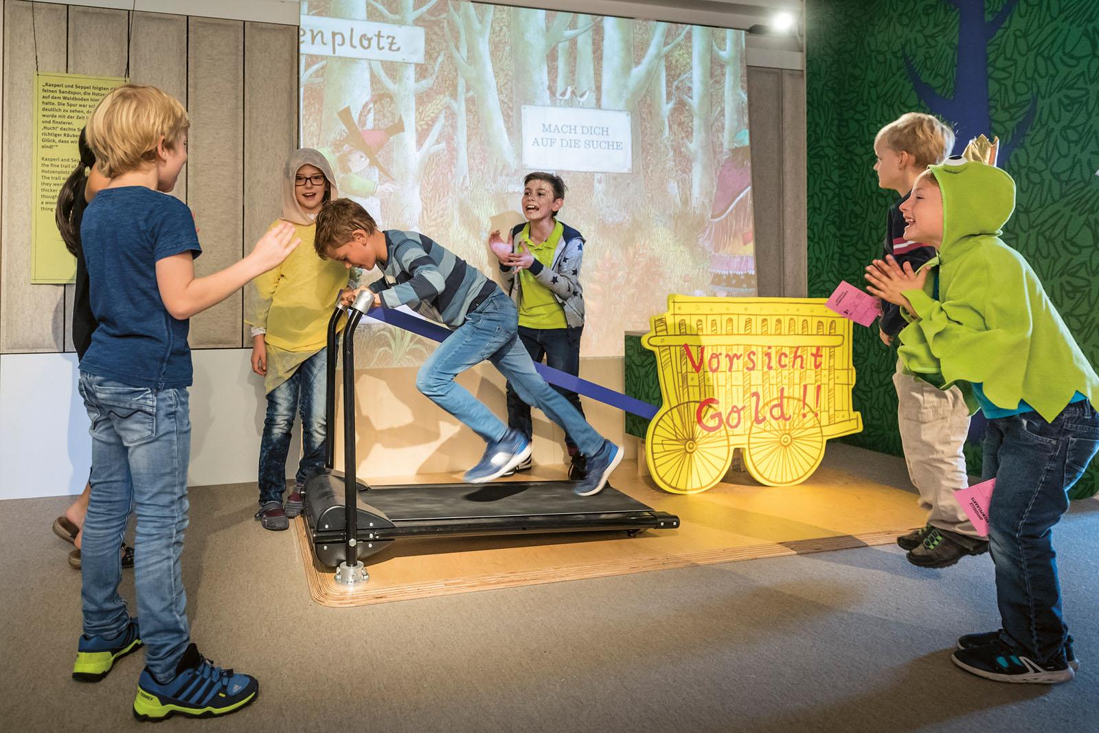 Lange Nacht der Museen Stuttgart - Junges Schloss Mitmachausstellung