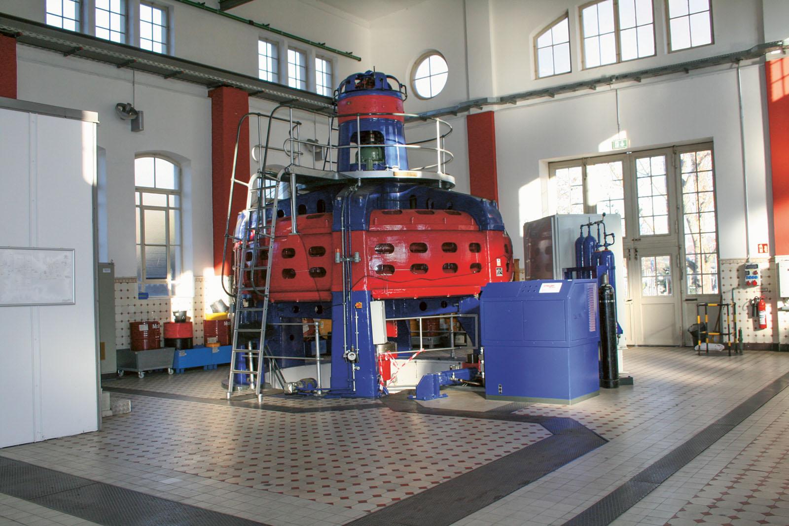 Lange Nacht der Museen Stuttgart - Wasserkraftwerk innen