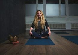 Lange Nacht der Museen Stuttgart - 24HStgt StZ Sonderausstellung Yogalehrerin