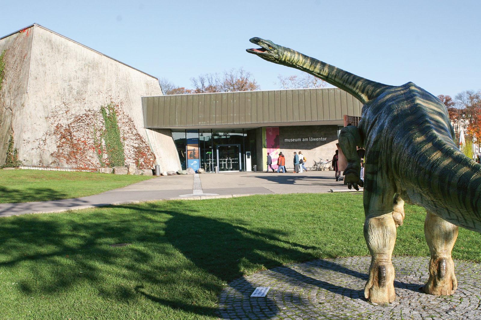 Lange Nacht der Museen Stuttgart - Museum am Loewentor Aussenansicht
