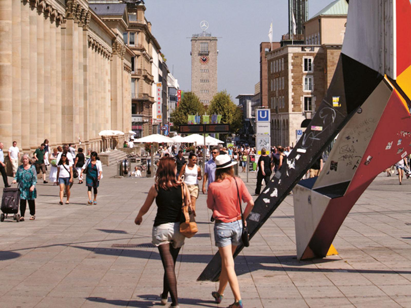 Lange Nacht der Museen Stuttgart - Stadtspaziergang Stuttgart Marketing quer