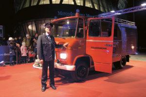 Lange Nacht der Museen Stuttgart - WAC Rollendes Museum Mercedes Benz Museum