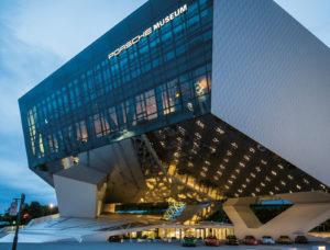 Lange Nacht der Museen Stuttgart - Porsche Aussenansicht